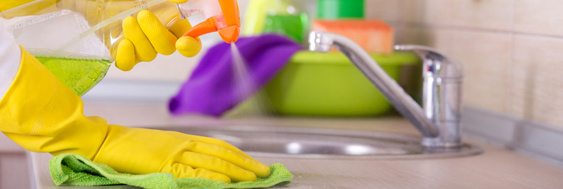 Top Clever Cleaning Hacks for Shinning Bathrooms